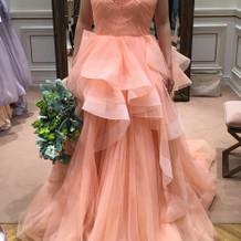 一目惚れのドレスに決めました。