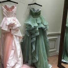 30万円前後のカラードレス