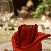 ナプキンはバラ折りをリクエスト