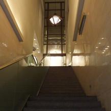入口の階段