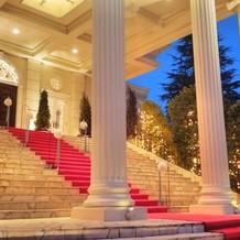 大階段ライトアップ