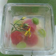 トマトでできた前菜