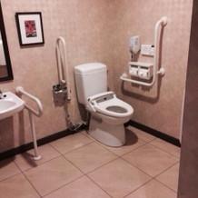 車椅子の方も使えるトイレ