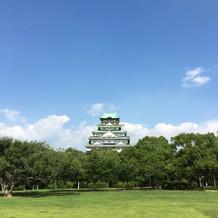 庭からみる大阪城