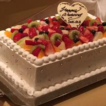 試食会のケーキ