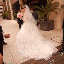 ドレスについたリボンがすごく可愛い!