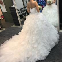 新作のドレスも安くしてくれた