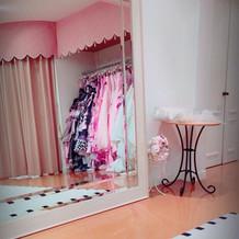 試着室も可愛いです。
