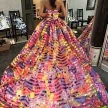 こちらも蜷川さんのドレス