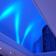 ブルーのライトアップ