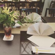 テーブルコーディネイトも和を感じる演出。