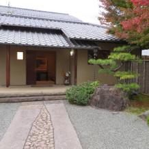 会場の玄関
