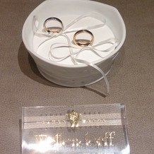 リングピローと指輪