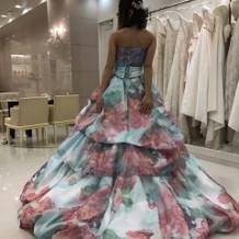 変わったドレスもあります