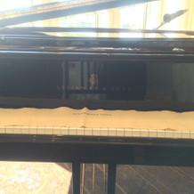 ピアノはスタンウェイでした。