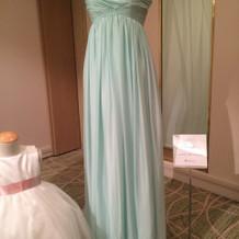 ブライズメイトのドレスも素敵