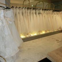 「アンテリーベ銀座」ウェディングドレス