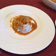 お魚のメイン。オマール海老。