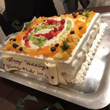 一応バレーボールをイメージしたケーキ
