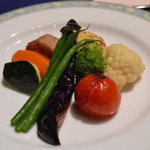 お野菜とお肉が別々にきました