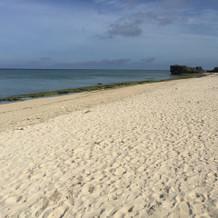 砂浜はとても綺麗でした。