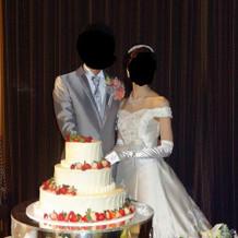 理想のウエディングケーキでした。