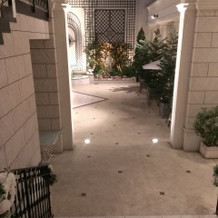 フラワーシャワー入口