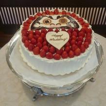 だるまケーキに目入れをしました。