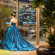 カクテルドレスドレス