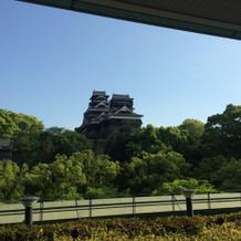 チャペル出たところから見える熊本城