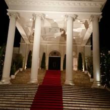 大階段、夜も素敵な雰囲気でした