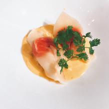 帆立貝とウニのクリームソース