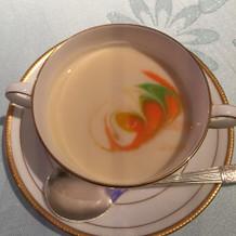 スープも美味しく色どり良い