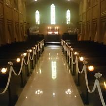 アーチ状の天井の大聖堂です