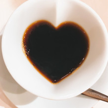 ハート型カップのコーヒー