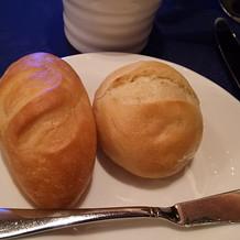 パン食べ放題にしました