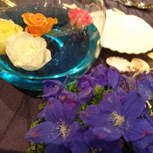 テーブルの生花