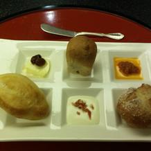 パンもかわいらしく3種類出ました
