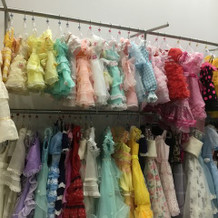 キッズの衣装もたくさん。