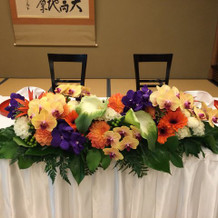 メインテーブルのお花、綺麗でした!