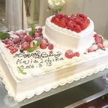 ケーキはオーダーでオリジナルデザインに!