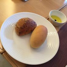 パンは5種類頂きました。焼き立て!