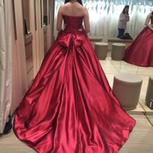 提携先のカラードレス