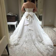 式場オリジナルのドレス