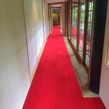 披露宴会場横の廊下