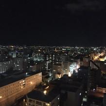 ホテルの客室から眺める札幌の街並