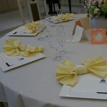 テーブル装花もセンスがありました。