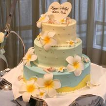 ハワイアンウエディングケーキ