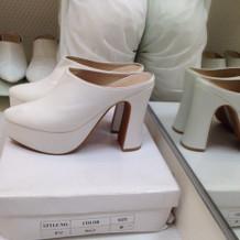 靴はヒールの高さが何種類かあります。