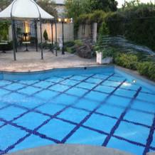プール付きのガーデン
